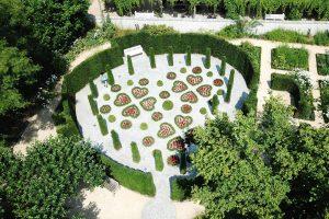 garden-of-hearts-van-buuren